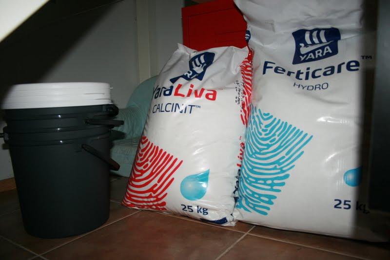 Ferticare IV és kalciumnitrát.